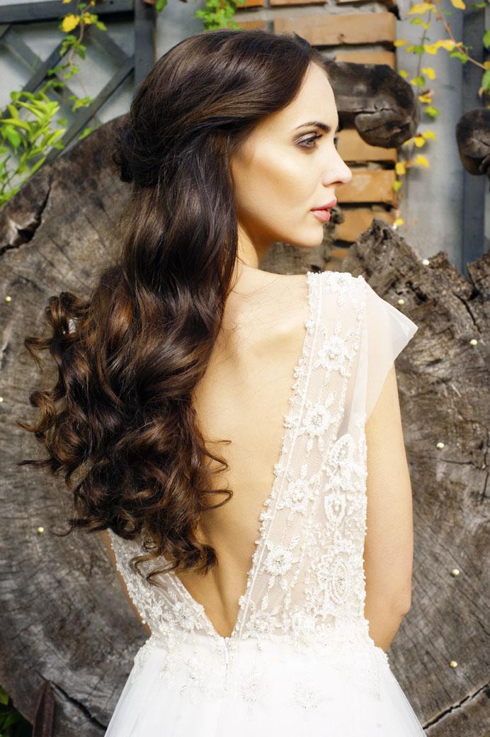 bcb817817f Niepowtarzalne suknie ślubne dla Ciebie. Posiadamy w swojej kolekcji różne  projekty sukni ślubnych